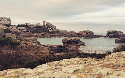 6# La côte de granit rose